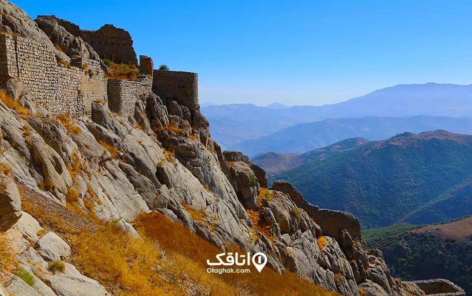 قلعه بابک ی