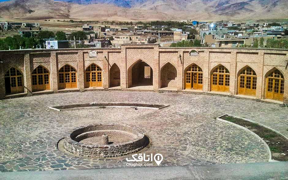 کاروانسرای تاج آباد