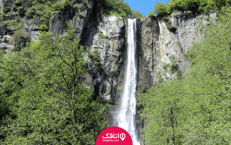 آبشار لاتون