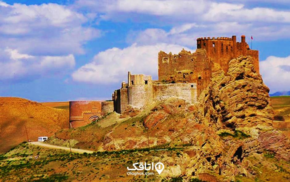 قلعه الموت؛ ایستاده برفراز قزوین