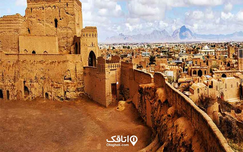 شهر میبد شهر سفالها در یزد
