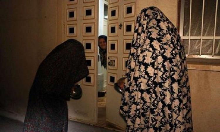 مراسم قاشق زنی در چهارشنبه سوری