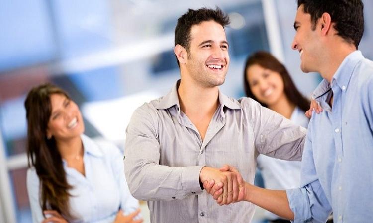 تقویت مهارت های ارتباطی در سفر